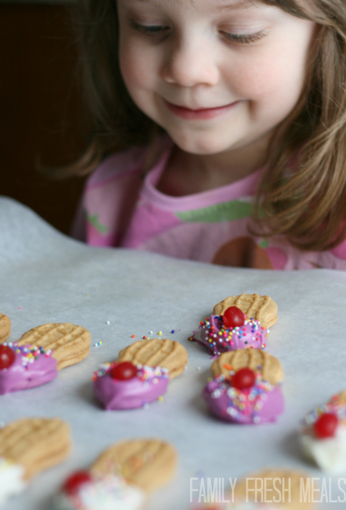 Ice Cream Cookies - FamilyFreshMeals.com