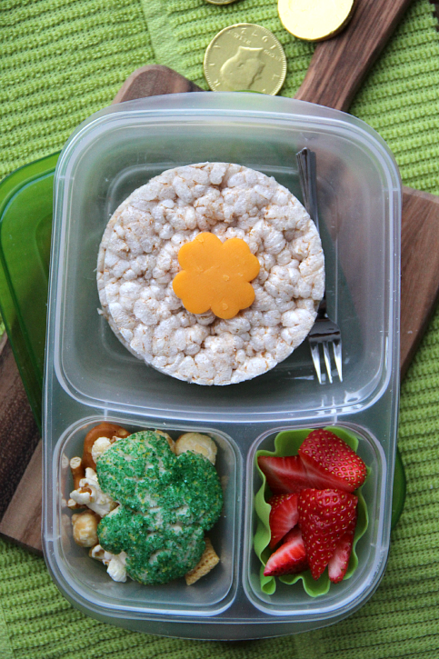 Easy St. Patrick's Day Lunchbox Ideas- Lucky Lunchbox