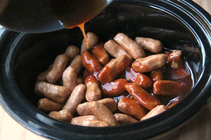 Crockpot Honey Garlic Little Smokies Sausages  - Step 1
