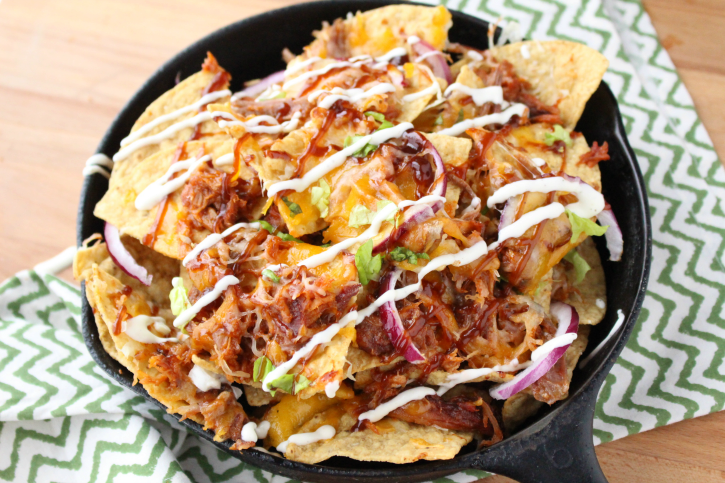 Pulled Pork Nachos - the best appetizer for football season. FamilyFreshMeals.com - Yummy Super Bowl food