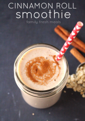 Cinnamon Roll Smoothie
