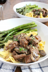 Easy Crockpot Beef Burgundy