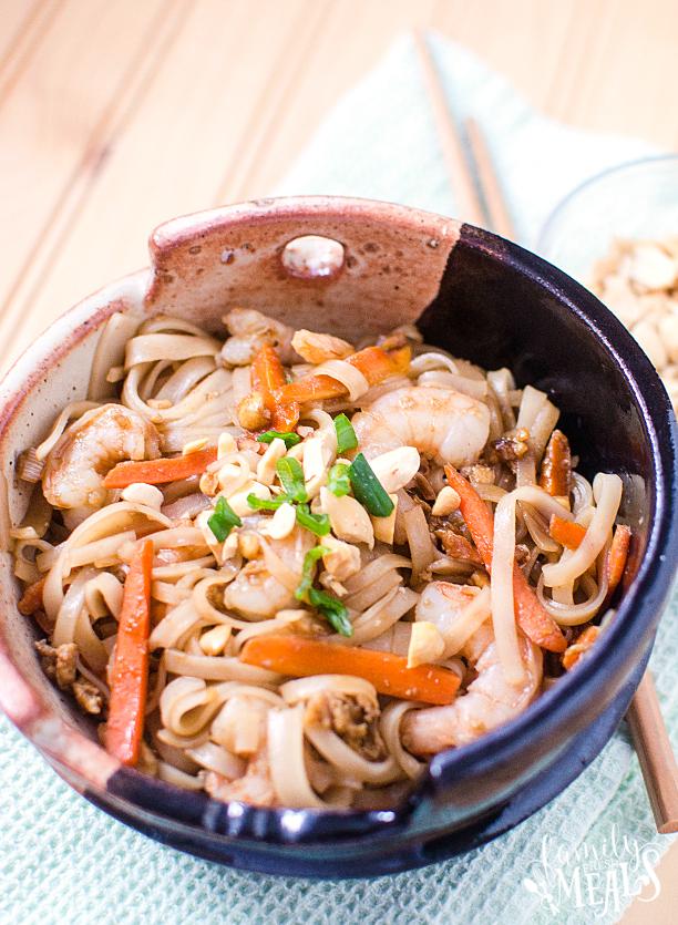 Easy Shrimp Pad Thai - Step 9